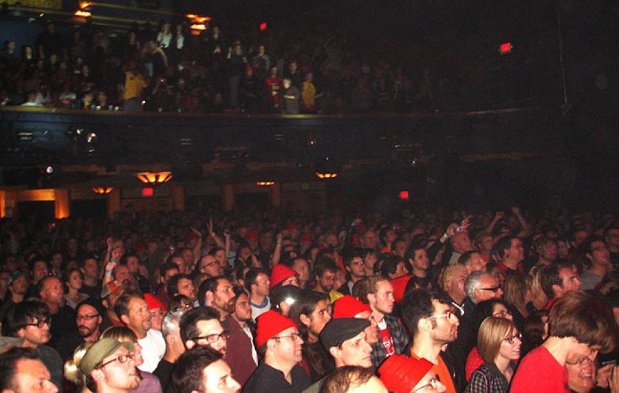 11/4/09: Audience in Los Angeles -no2