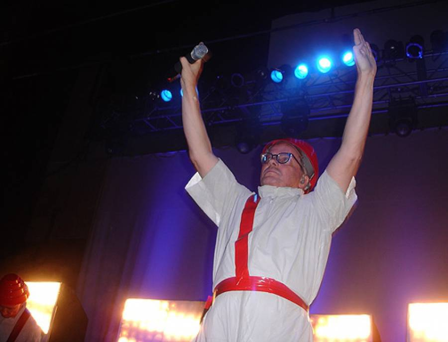 11/4/09: Mark o' DEVO at Music Box